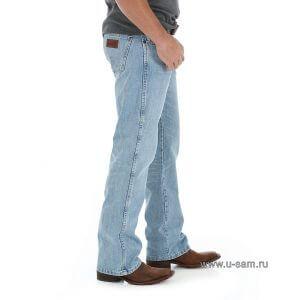 Мужские джинсы Wrangler Retro® Relaxed Fit Bootcut Jean