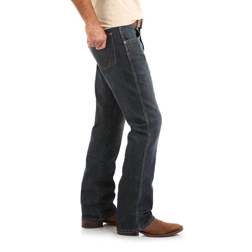 Мужские джинсы Wrangler Retro Relaxed Fit Bootcut Jean WRT20FL 3